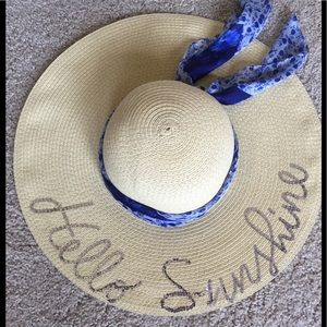 Women's sun hat with scarf